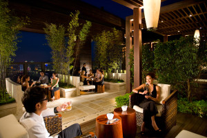 38-lounge-outdoor-01-300x200